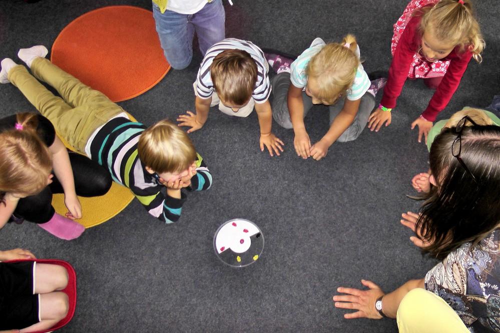 kindergarten-504672_1920